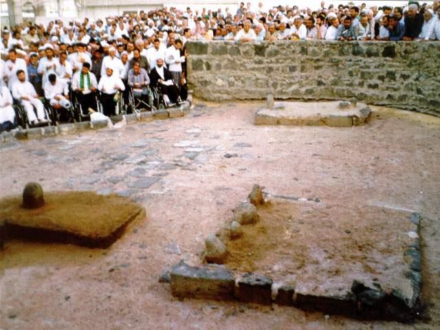 Hazrat Imam Hussain Grave